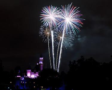 04-19-11 Family Disneyland vacation-259