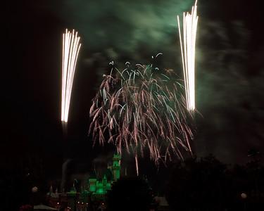 04-19-11 Family Disneyland vacation-291