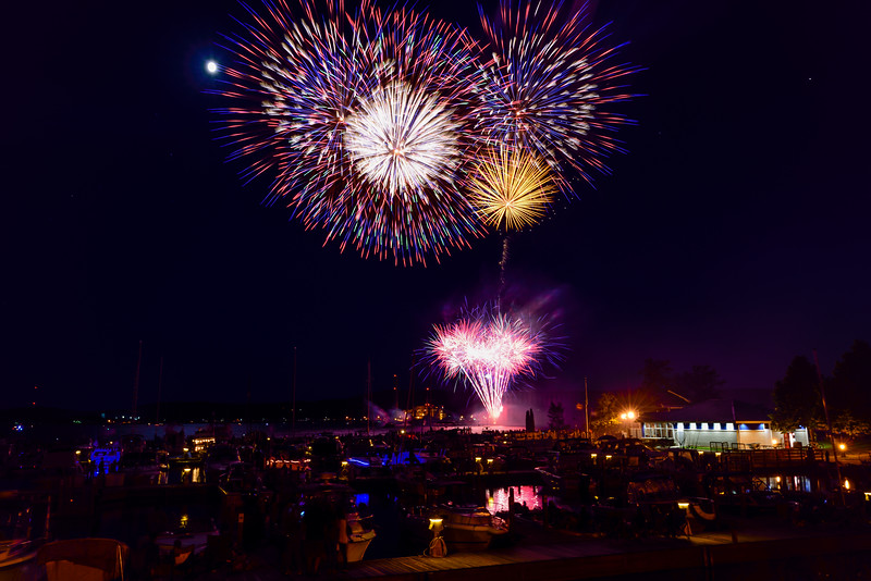 2017 Fireworks over Marquette's Lower Harbor 04