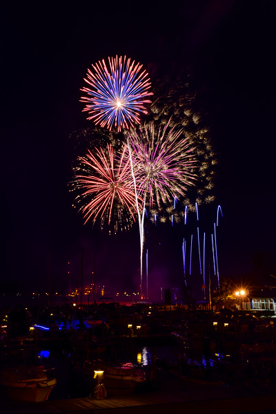 2017 Fireworks over Marquette's Lower Harbor 03