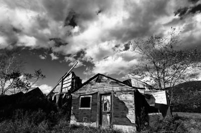 Abandoned Barn along Rt 118 NH