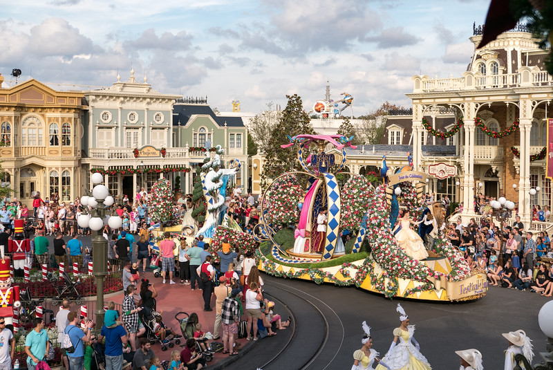 Festival of Fantasy Parade begins