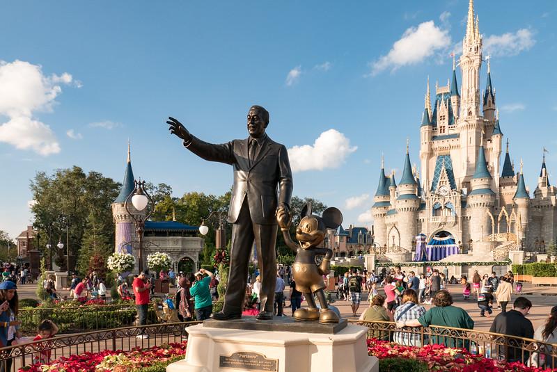 """Partners"" - Statue of Walt Disney & Mickey Mouse"