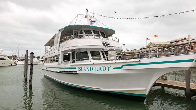Cruise tour aboard the Island Lady
