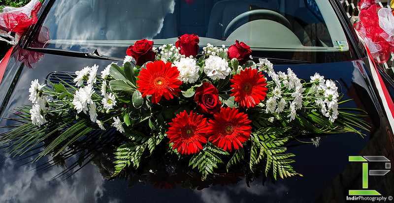 Wedding Car - Flower Bouqet