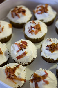 Bacon Maple cupcakes