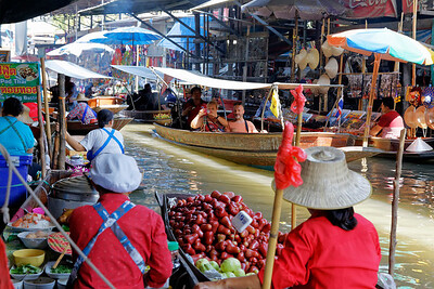 Damnoen Saduak Floating Market, Thailand (3)