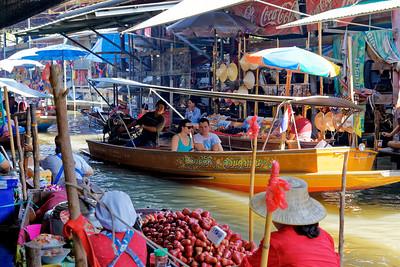 Damnoen Saduak Floating Market, Thailand (2)