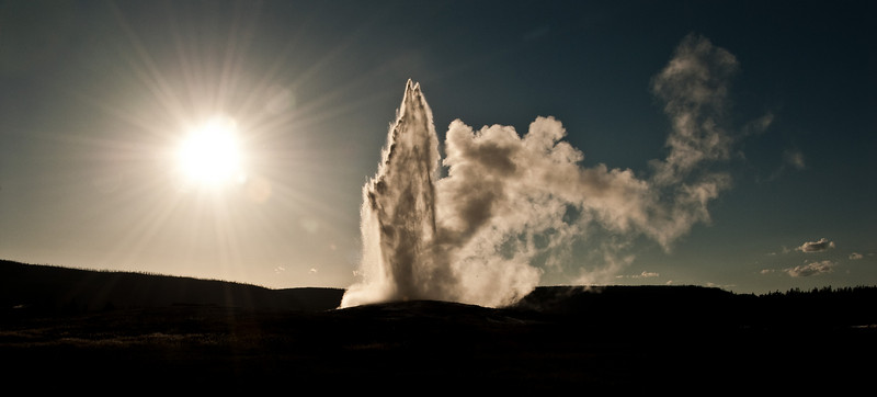 Old Faithful Geyser in Yellowstone. It faithfully goes off every 90 minutes.