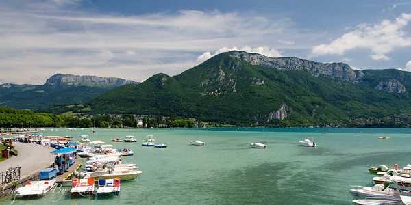 Views over Lake Annecy from Pont des Amours