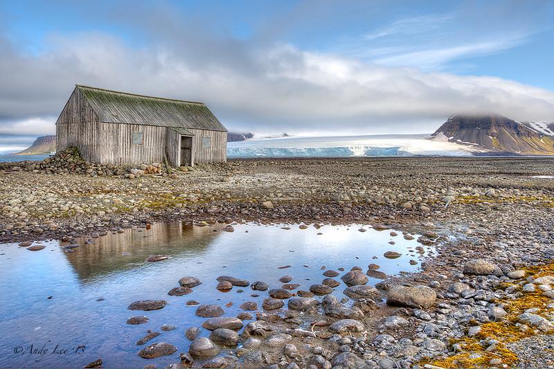 Old Cabin<br /> Bell Island, Franz Josef Land<br /> GPS  80,2.1173N,  49,12.7598E