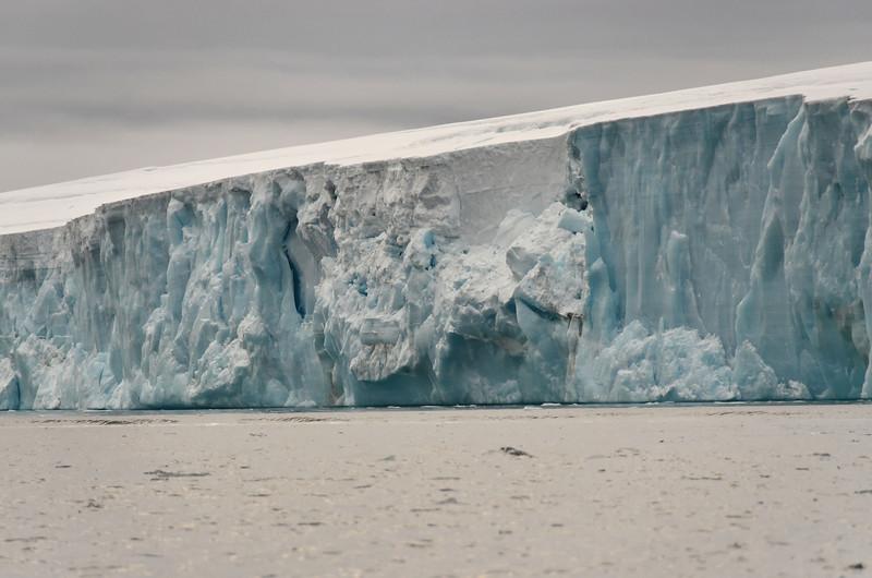 Glacier cliffs, E side of Cape Fligely, Rudolph Island