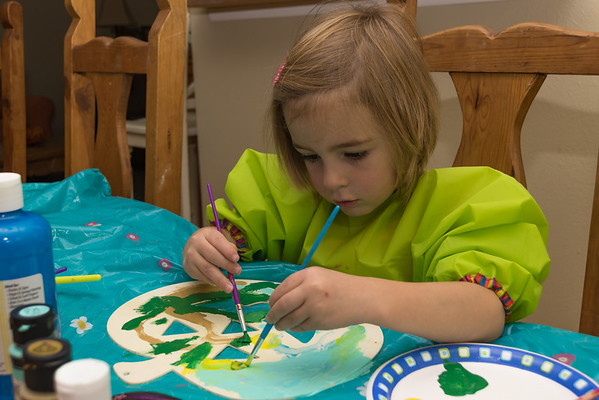 She Loves to Paint - With 2 Brushes!