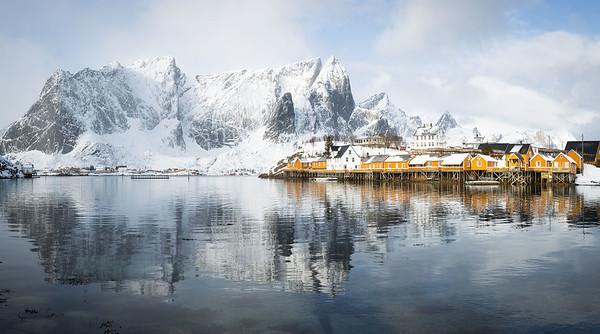 Winter morning, Sakrisoya, Lofoten islands