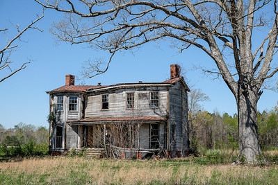 Spooky Delapidated and Abandoned Farmhouse