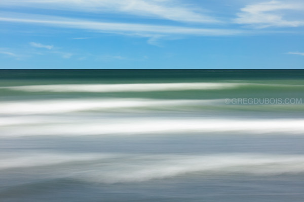 Winthrop Beach Waves with Blue Sky and Turquoise Water using Pan Motion