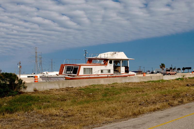081023_Galveston post Ike_024