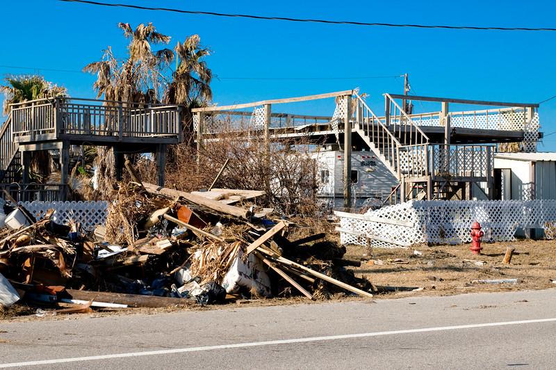 081023_Galveston post Ike_031