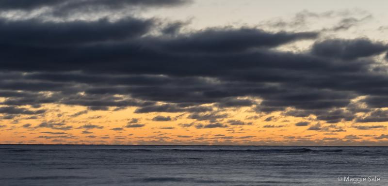 Dawn sky from Percé beach