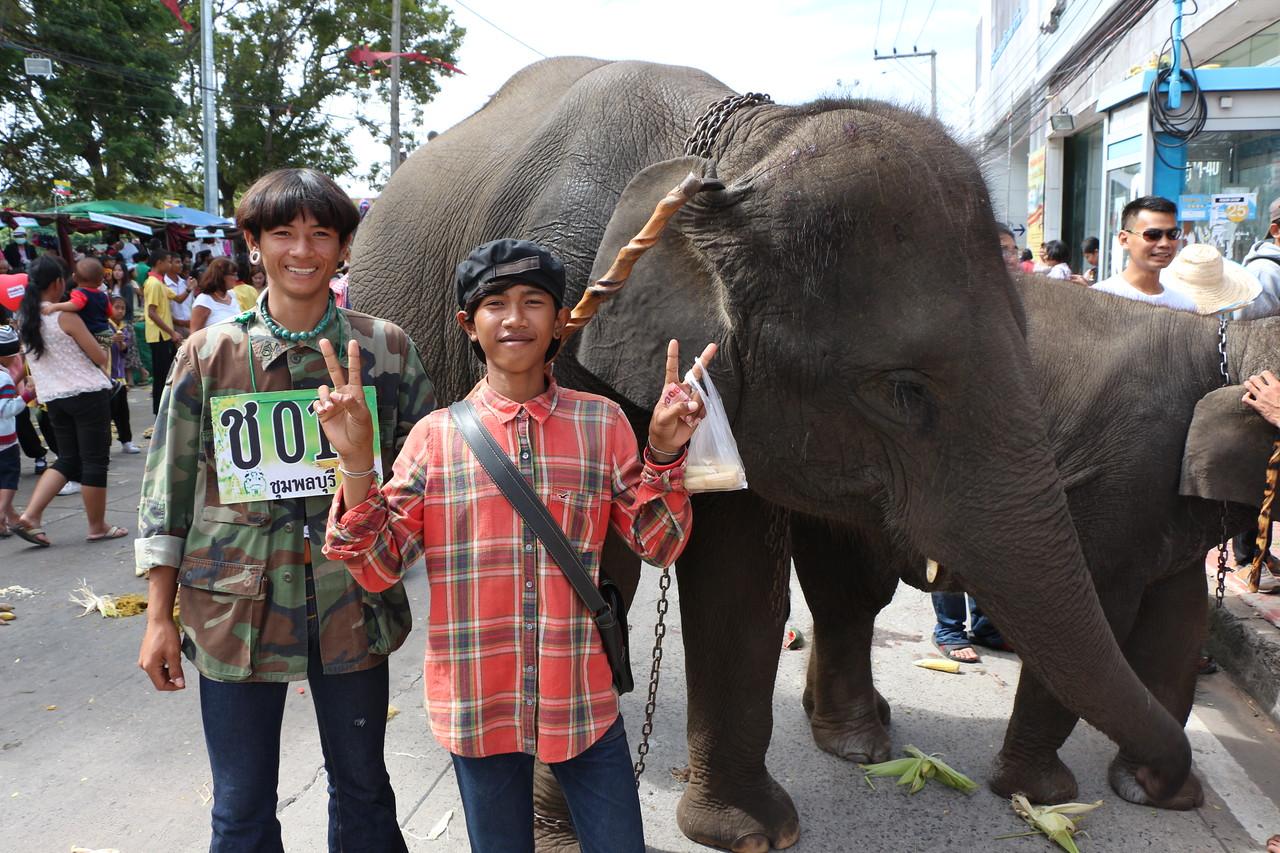 2014-11-14 Surin Elephant Welcome Feast 455