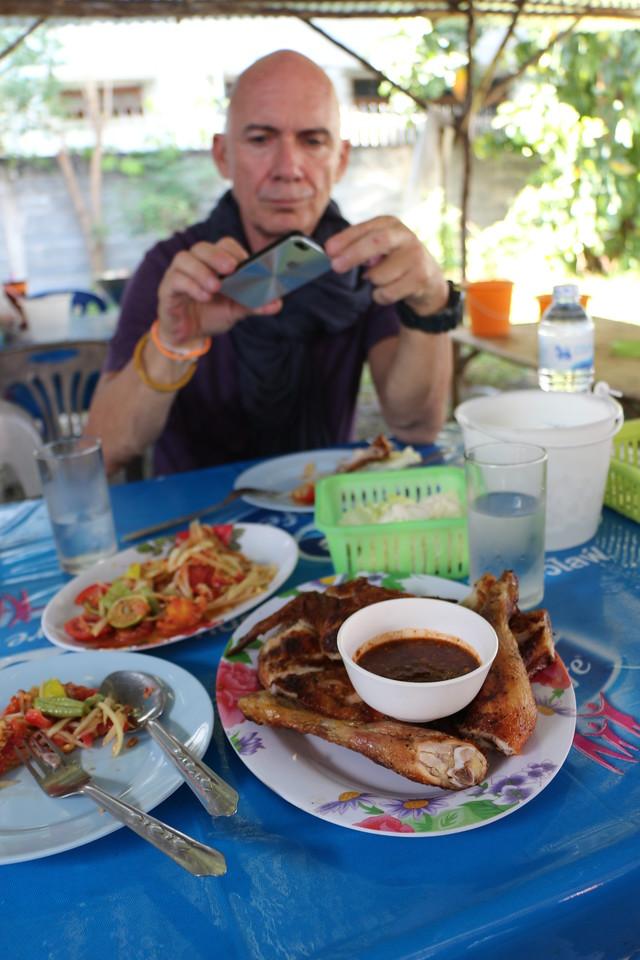 2014-11-14 Surin Elephant Welcome Feast 926