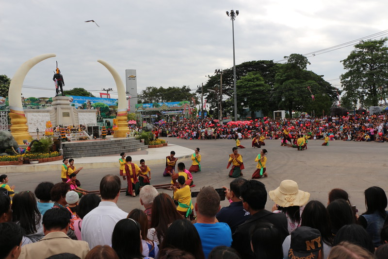 2014-11-14 Surin Elephant Welcome Feast 009