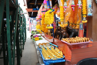 2014-11-14 Surin Elephant Welcome Feast 008