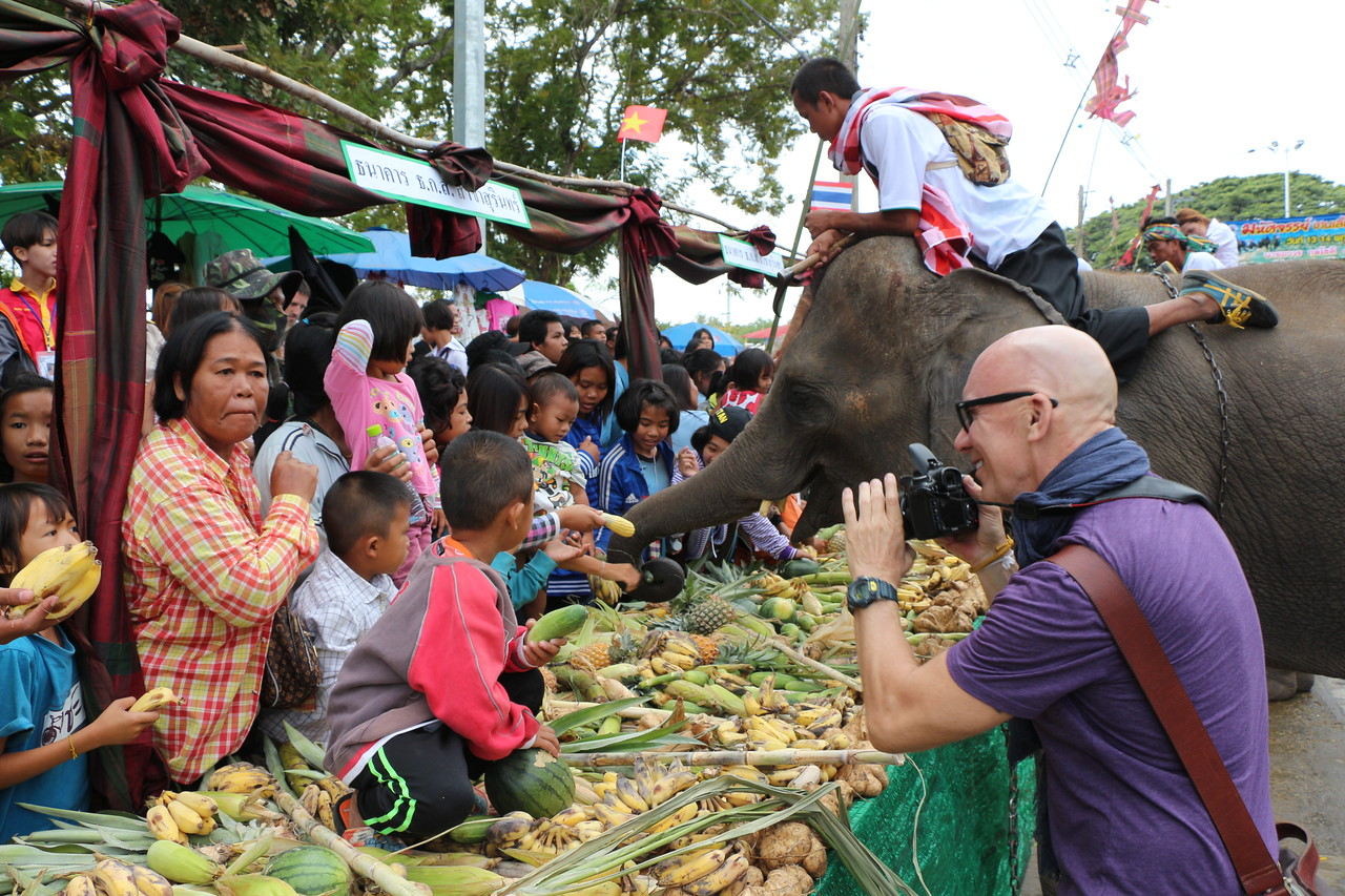 2014-11-14 Surin Elephant Welcome Feast 330