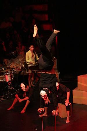 2014-11-27 Phare Cambodian Circus 033