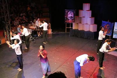 2014-11-27 Phare Cambodian Circus 145