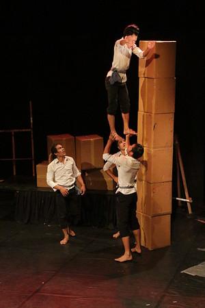2014-11-27 Phare Cambodian Circus 006