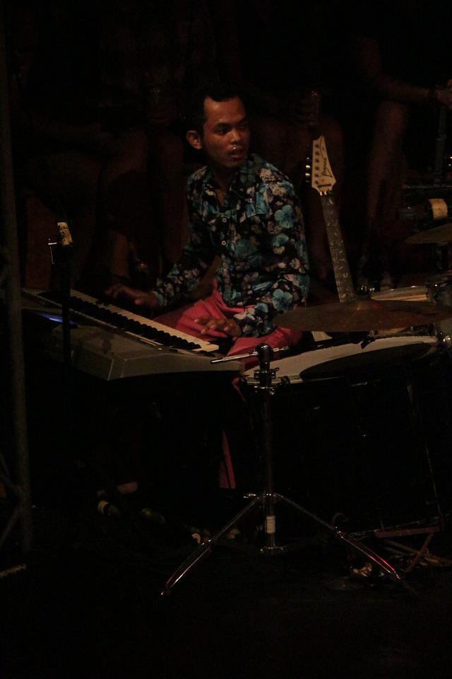 2014-11-27 Phare Cambodian Circus 018