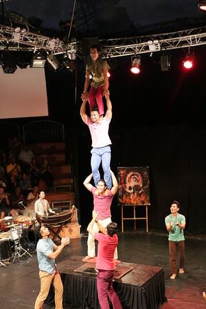 2014-11-27 Phare Cambodian Circus 107