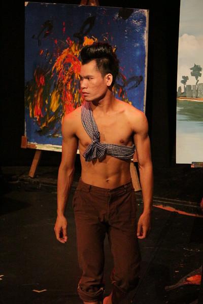 2014-11-27 Phare Cambodian Circus 121