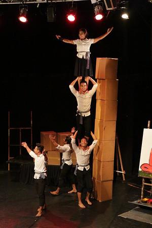 2014-11-27 Phare Cambodian Circus 013