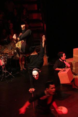 2014-11-27 Phare Cambodian Circus 038