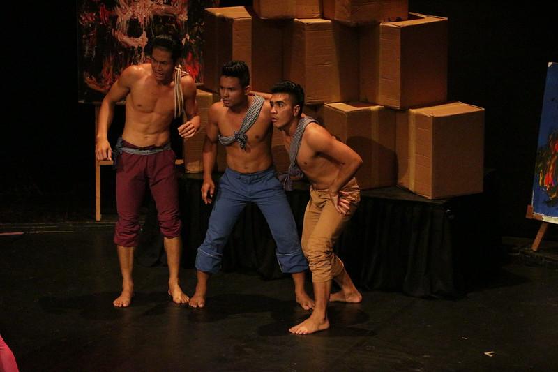 2014-11-27 Phare Cambodian Circus 123