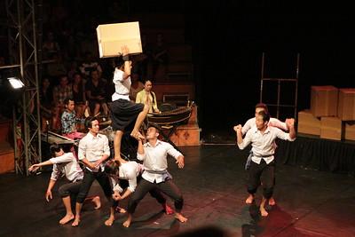 2014-11-27 Phare Cambodian Circus 009