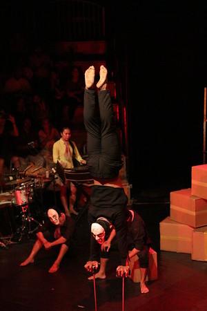 2014-11-27 Phare Cambodian Circus 032