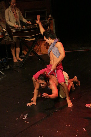 2014-11-27 Phare Cambodian Circus 116