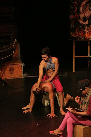 2014-11-27 Phare Cambodian Circus 111