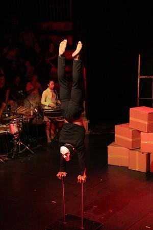 2014-11-27 Phare Cambodian Circus 047