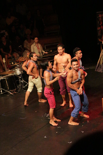 2014-11-27 Phare Cambodian Circus 124.JPG
