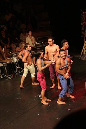 2014-11-27 Phare Cambodian Circus 124