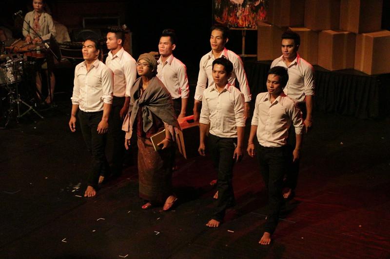2014-11-27 Phare Cambodian Circus 140.JPG