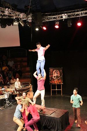 2014-11-27 Phare Cambodian Circus 108