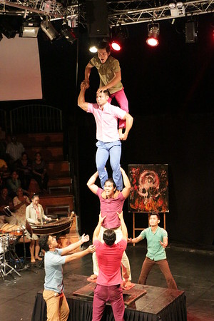 2014-11-27 Phare Cambodian Circus 100