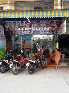 11-15-13 Jomtien Hollywood Barber 080