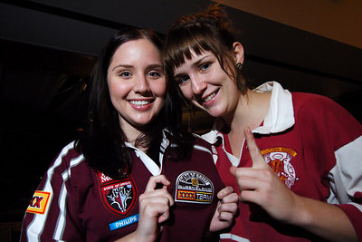 14 JUN 2006 TOWNSVILLE, QLD - State of Origin celebrations at Townsville's Riverview Tavern.  Qld fans and JCU students Melissa Sinopoli and Jill Raleigh - PHOTO: CAMERON LAIRD (Ph: 0418 238811)