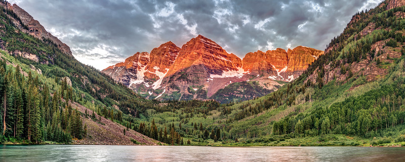 Stormy Sunrise at the Maroon Bells